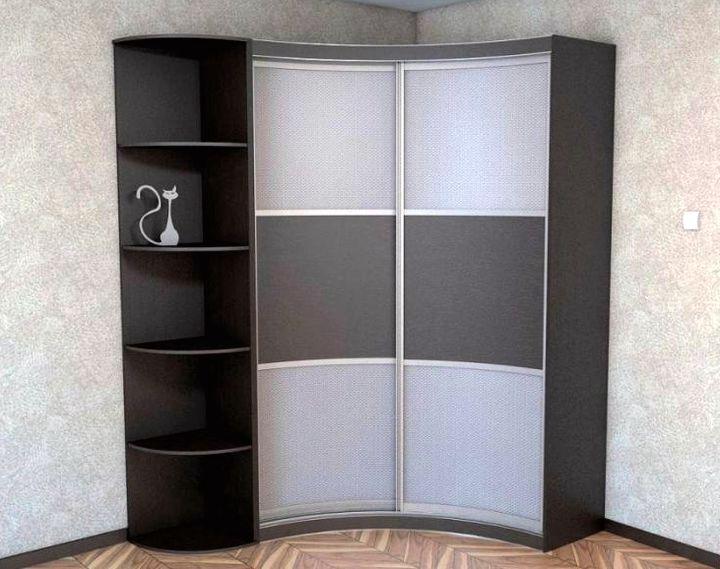 Угловой шкаф купе от фирмы ИКЕА