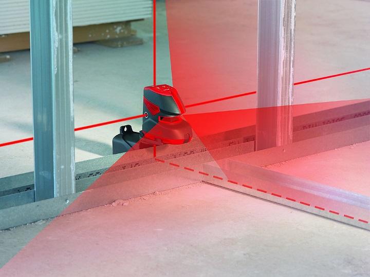 Разметка перегородок из гипсокартона лазерным построителем плоскостей
