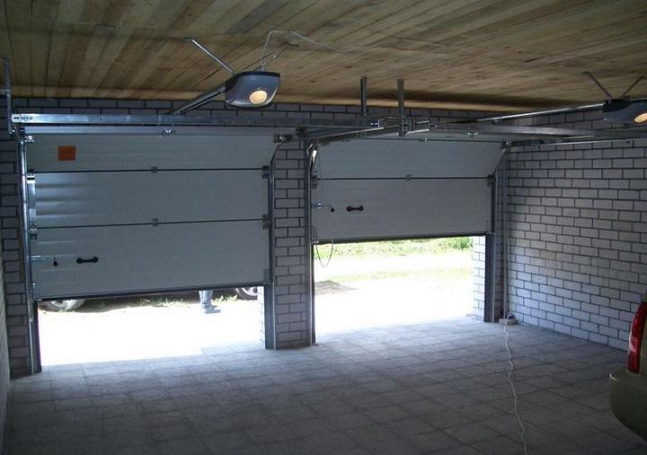Секционные ворота в сборе с электроприводом