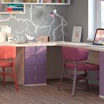 Фото 58: Угловой стол на два места в детскую
