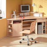 Фото 28: Угловой письменный стол