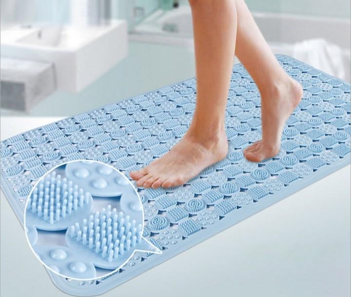 Коврик в ванной с массажным эффектом