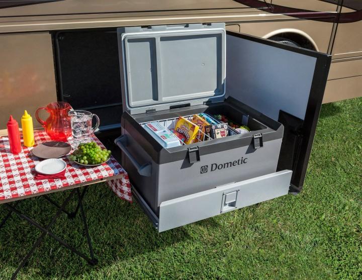 Автомобильный холодильник Dometic