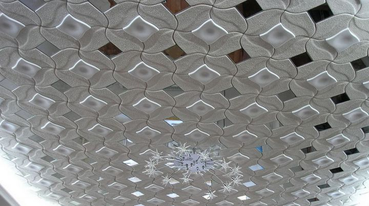 Широкий ассортимент потолочной плитки