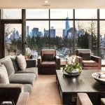Фото 67: Панорамные окна для современных интерьеров гостиной