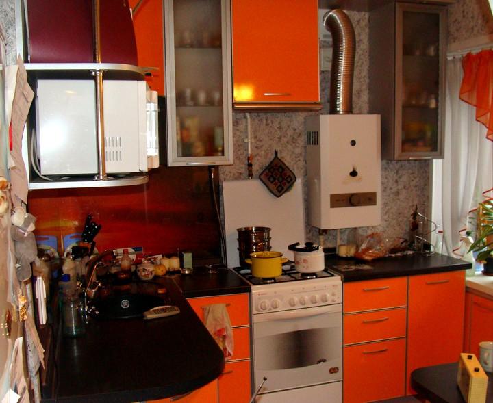 Кухня-хрущевка с газовой колонкой