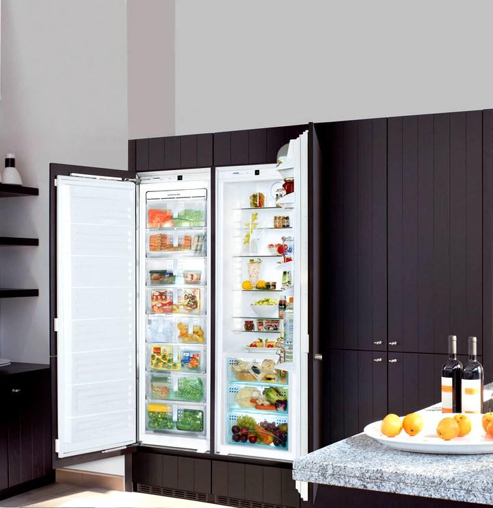 Положительные качества встроенного холодильника
