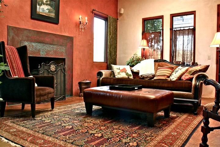 терракотовый  цвета при оформлении гостиной