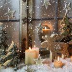 Фото 52: Деревянные фигурки для окна на Новый Год