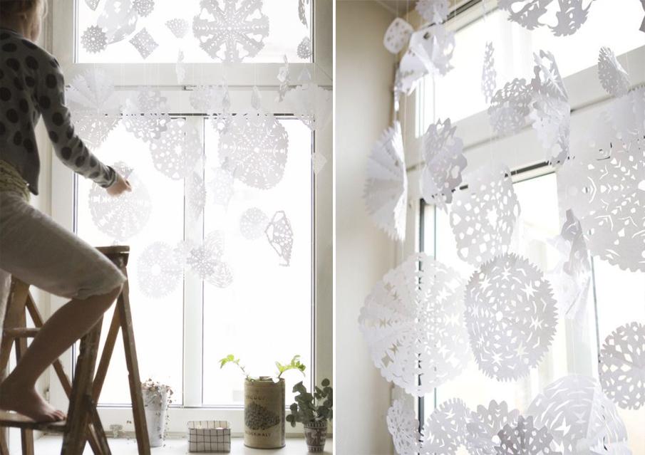 Гирлянды-шторы из снежинок