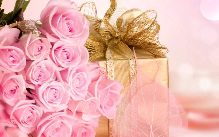 букет цветов в подарок