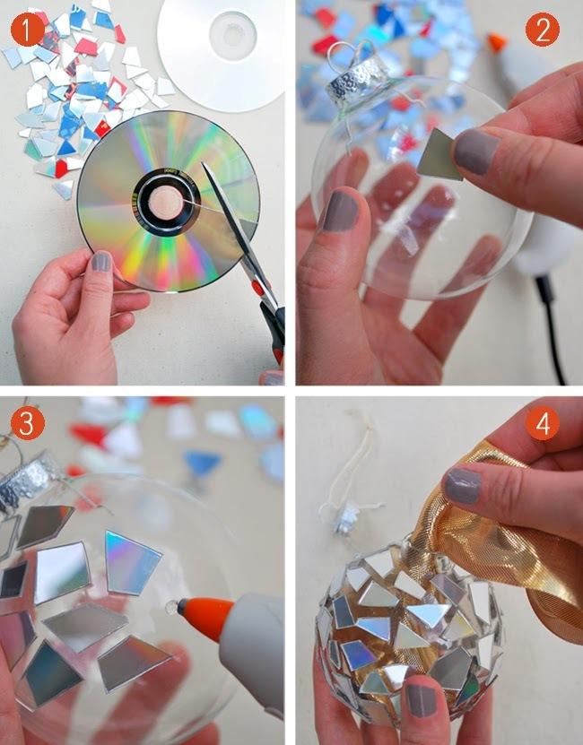 Украшение новогоднего шара с помощью диска