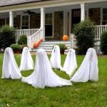 Фото 12: Парад привидений во дворе