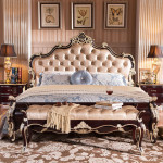Фото 21: Классическая кровать с кожаной обивкой