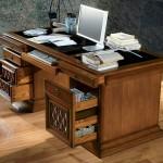 Фото 23: Рабочий стол с ящиками