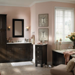 Фото 11: Мебель для ванной из темного дерева