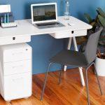 Фото 48: Белый компьютерный стол