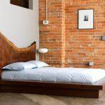 Фото 106: Дизайнерская кровать из массива
