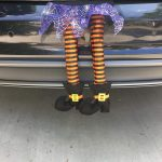 Фото 55: Ноги из багажника на Хэллоуин
