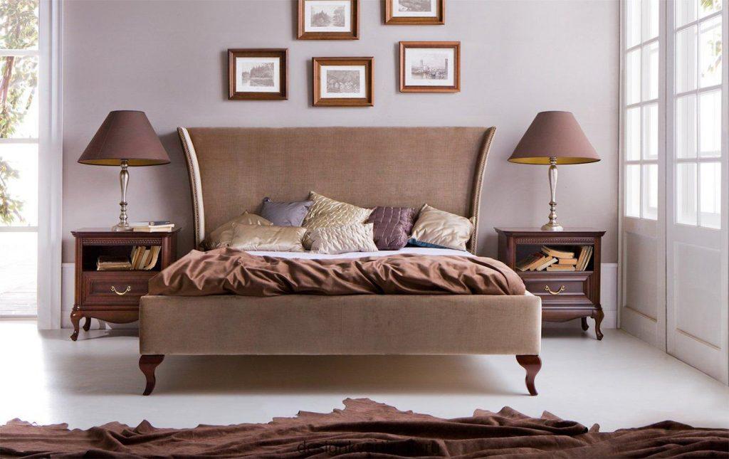 Кровать в коричневых оттенках