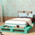 Фото 48: Кровать-подиум из паллет