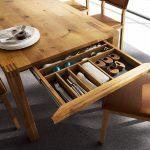 Фото 113: Кухонный стол с ящиком