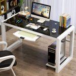 Фото 38: Компьютерный стол со стеклянной поверхностью