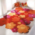 Фото 104: Составной коврик из цветочком