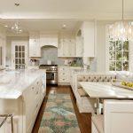 Фото 161: Стеклянные современные люстры для кухни