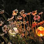 Фото 29: солнечное освещение клумбы