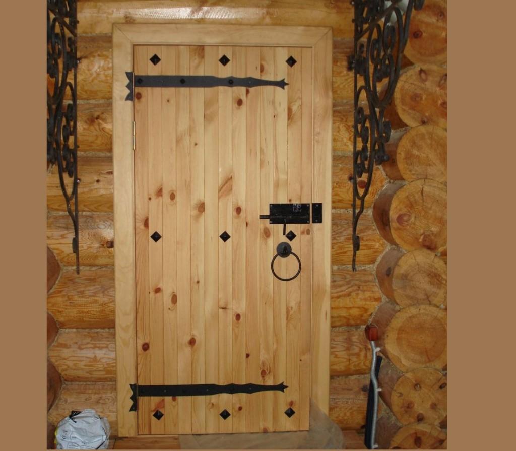 Дверь дома своими руками