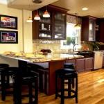Фото 14: Интерьер кухни с барной стойкой (2)