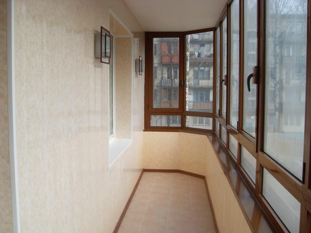 Отделка балкона пластиковыми панелями внутри