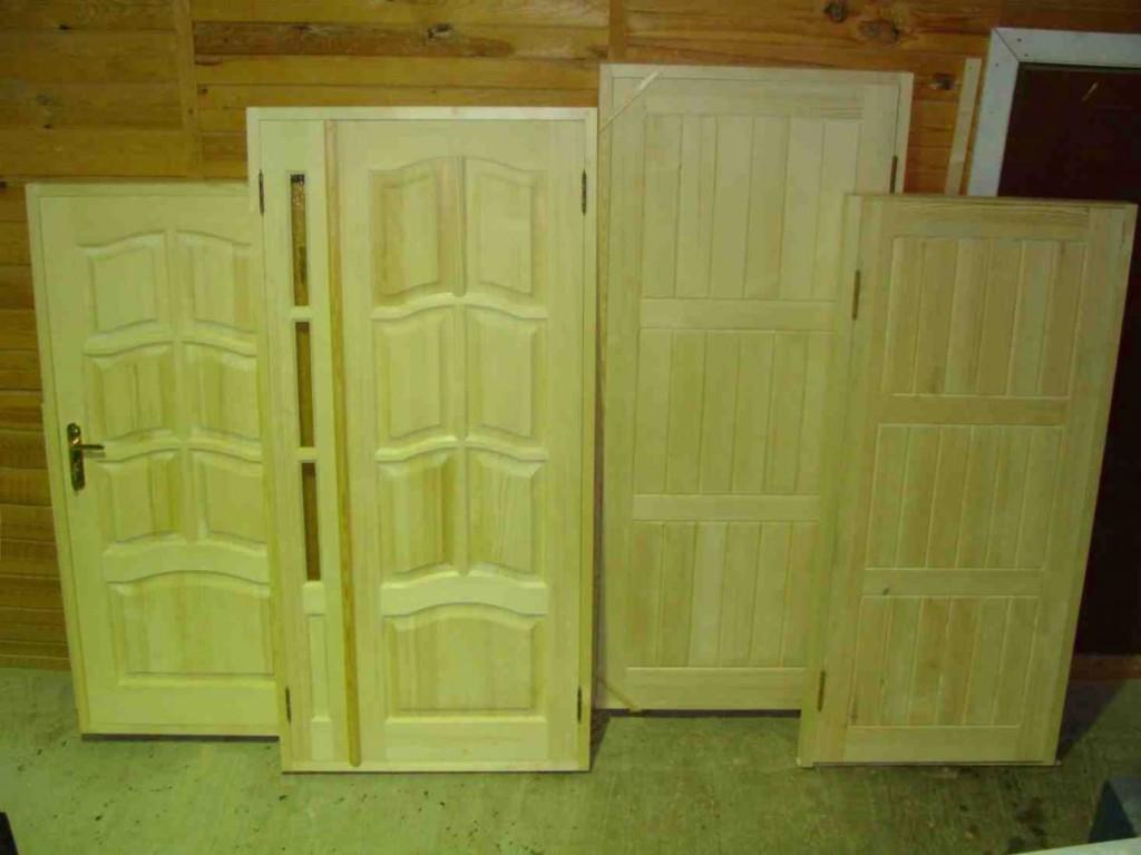 Самодельные деревянные двери