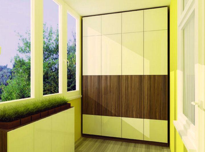Красивая отделка шкафа на балконе