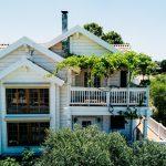 Фото 45: Окрашенный деревянный дом