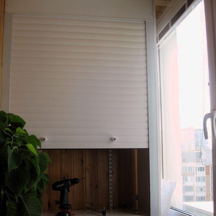 Рольставни в качестве дверей для шкафа на балкон