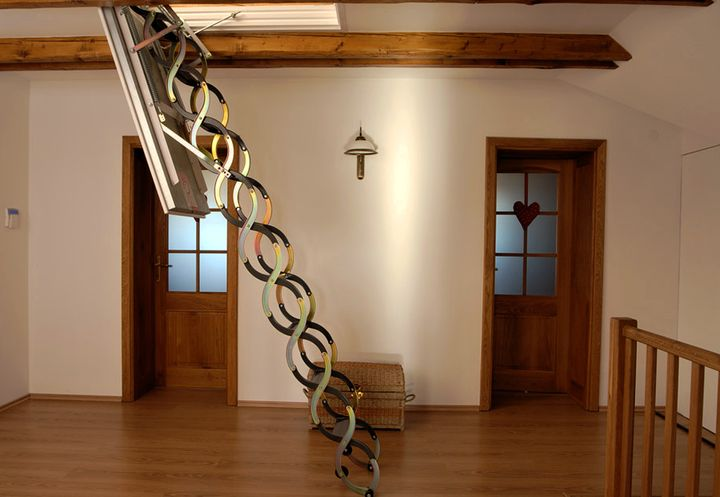 Раздвижной механизм лестницы