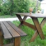 Фото 25: Стол изготовлен из лиственницы