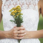 Фото 8: Букет невесты с пижмой