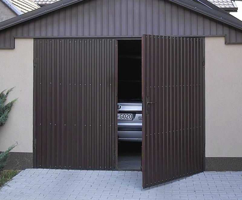 Фото 20: Гаражные распашные ворота