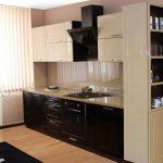 Фото 70: Гарнитур со шкафом для посуды для зонирования