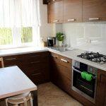 Фото 50: Интерьер маленькой угловой кухни