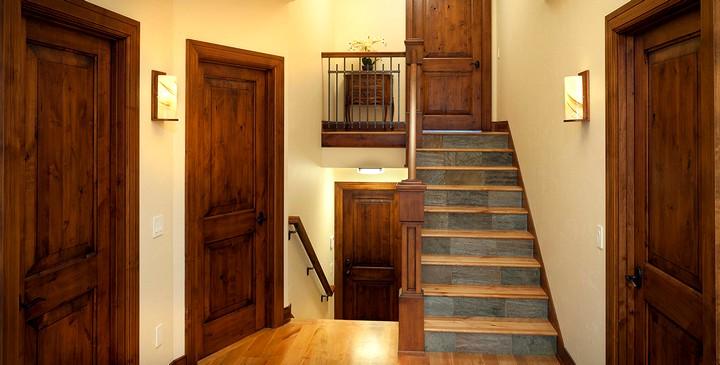 Фото 15: Распашные межкомнатные двери (9)