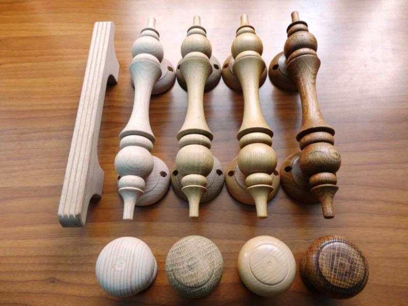 Деревянные дверные ручки