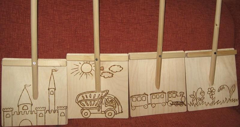 Фото 9: Деревянные лопаты с рисунком