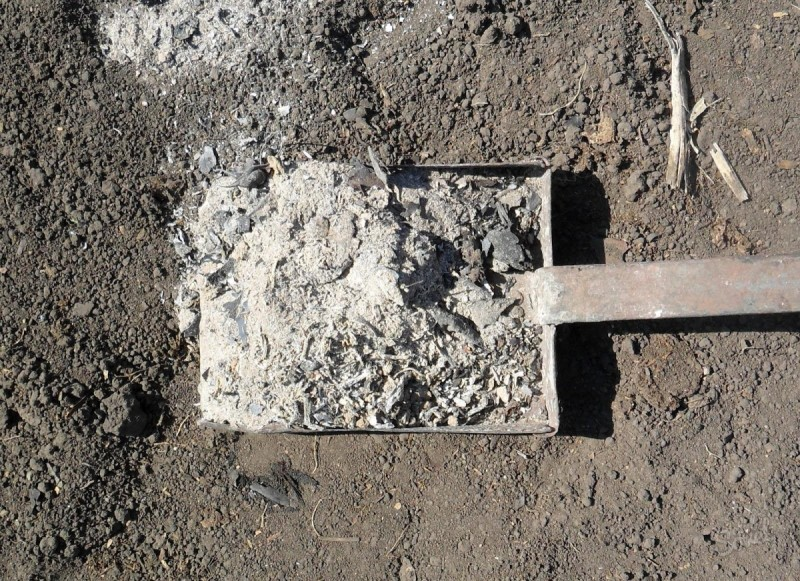 Известикование почвы