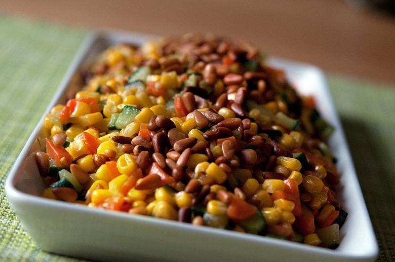 Фото 28: Горячий салат с кедровыми орехами