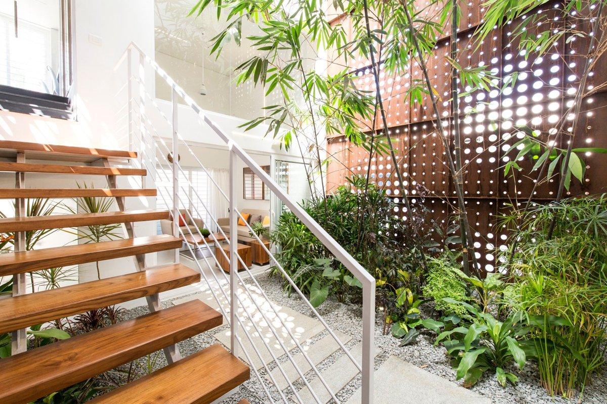 великолепный дом с крытым атриумом9