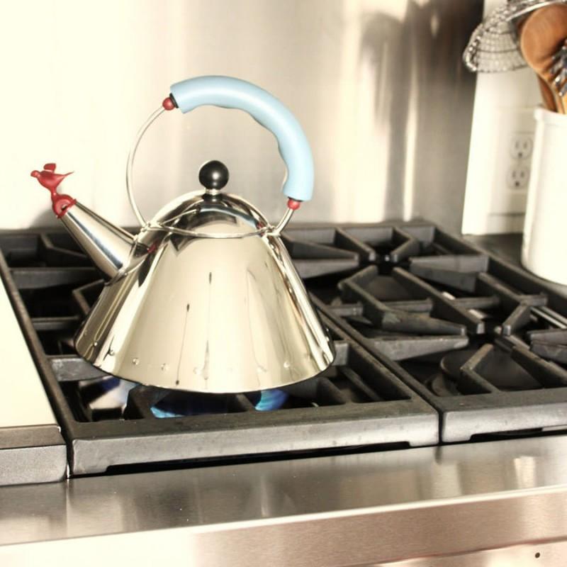одной картинки с чайником на газовой плите могу